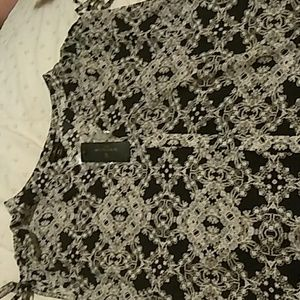Beautiful Blouse new with tags